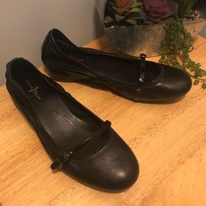 Cole Haan Nike Air Ballet Shoes 8.5B Black Strap